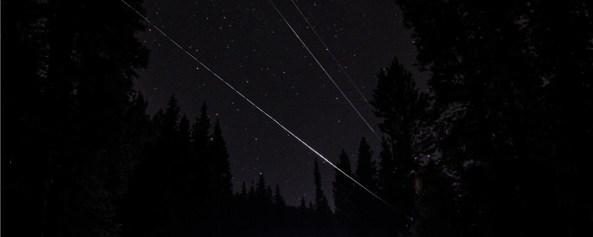 Shooting Star, Starry night